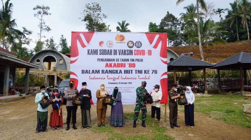 Alumni Akabri 1989 Menggelar Baksos dan Vaksinasi di Ponpes Tahfidz Irhamna Bil Qur'an Pandeglang