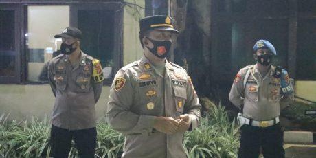 Polres Cilegon Laksanakan Patroli  Malam Minggu, Himbau Dan Ajak Masyarakat Patuh Prokes
