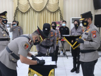 *Kapolda Banten Pimpin Sertijab 5 PJU dan Kapolres Lebak Dengan Prokes Yang Ketat*