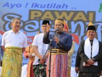 Festival Sarungan Nusantara Buat Presiden DMDI Terpukau