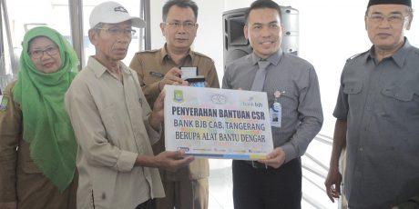 Forum CSR Salurkan Bantuan Untuk Warga Kota Tangerang