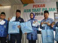 Walikota, Wakil dan Sekda Bayar Pajak PBB di Pekan ASN Tangsel