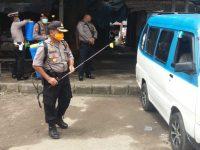 Bersama Stakeholder, Polsek Serang Semprot Disinfektan Ke Angkutan Umum